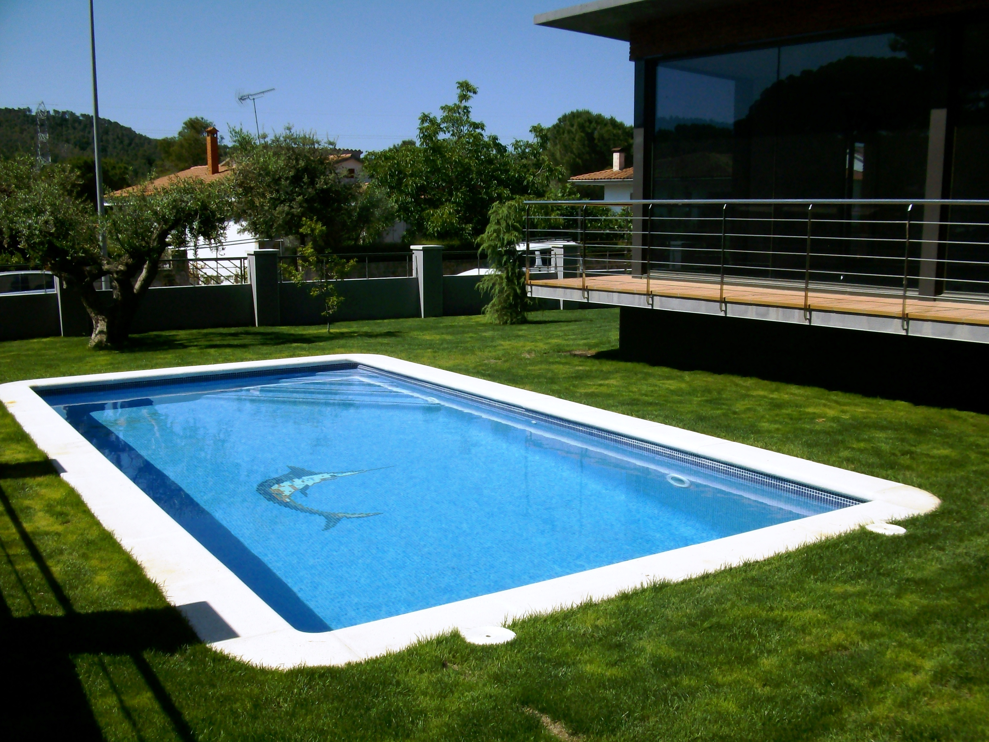 BEGUES_PISCINA_JARDÍN