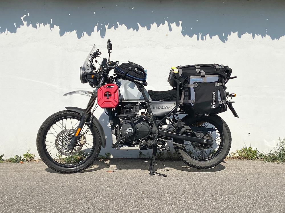 Royal Enfield Himalayan adventure Mosko Moto SRC Design