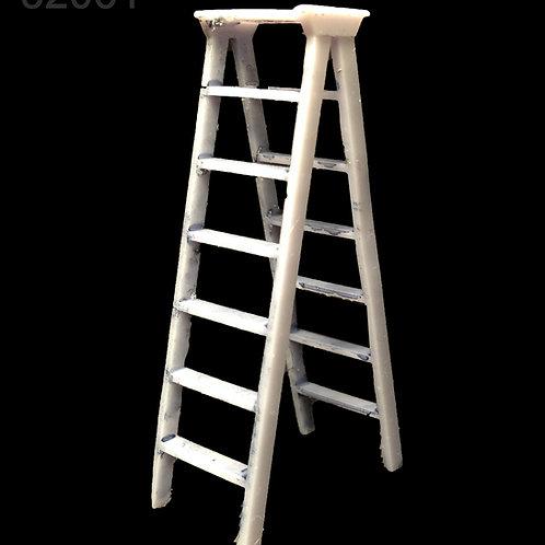 1/32 WWII USAF Crew Maintenance Ladder