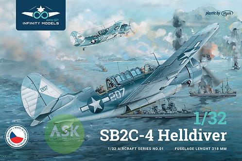 1/32 Infinity Models SB2C-4 Helldiver WWII Navy Bomber Kit