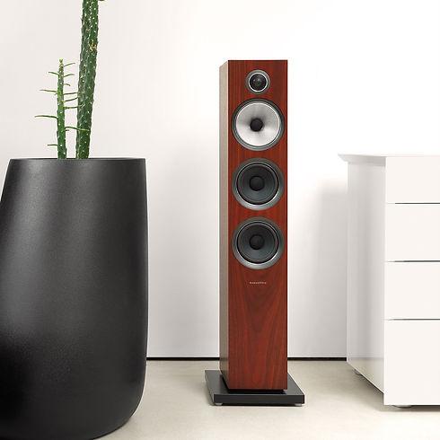 1-3-704-s2-rosenut-700-series2-speaker.j