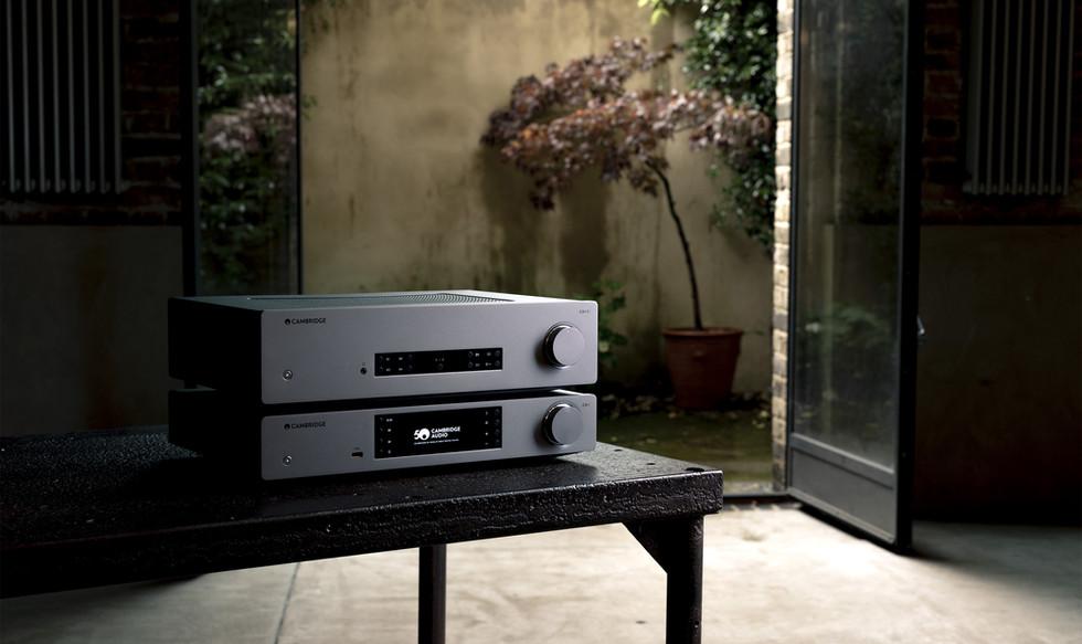 Cambridge_Audio_CX_Series2_CX81_stack_02