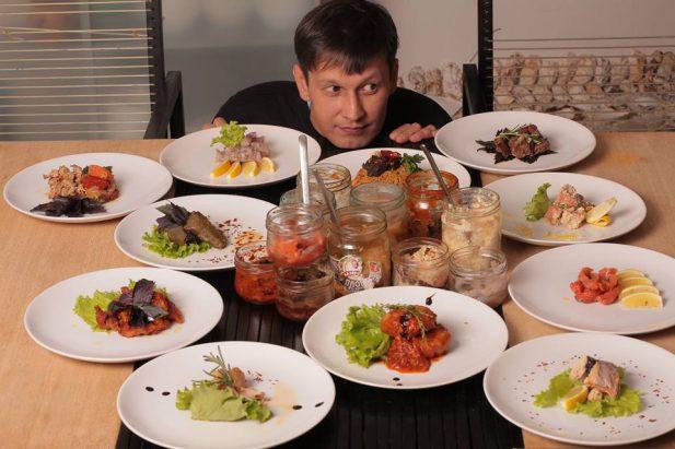 Александр Хасанов («Ресторан из банки»)