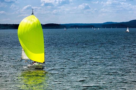 sail-1517418_1920.jpg