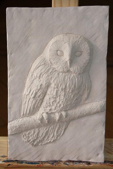 Bildhauerei St.Gallen, Bildhauerarbeit, Tonrelief, Käuzchen, Flachrelief, St.Gallen