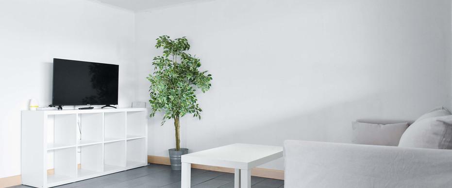 白色小屋 (Room No.1)