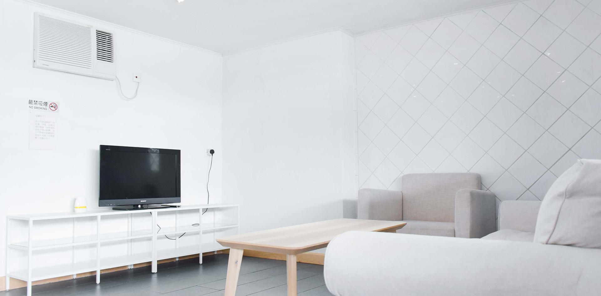 白色小屋 (Room No.2)