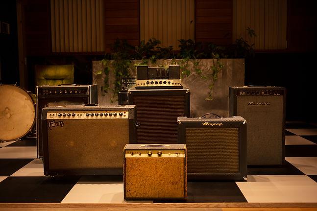 LiveRoom amps.jpg