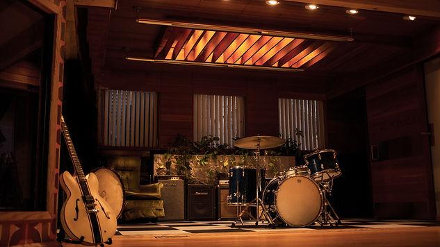 LiveRoom Drums5.jpg