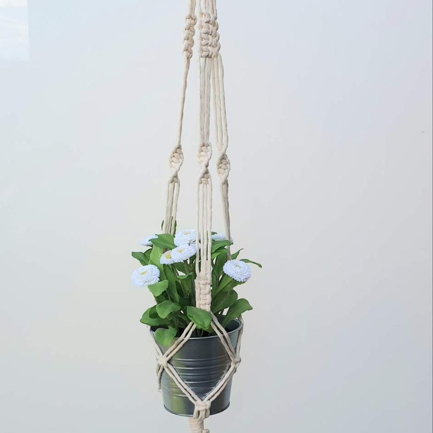 macrame pot hanger
