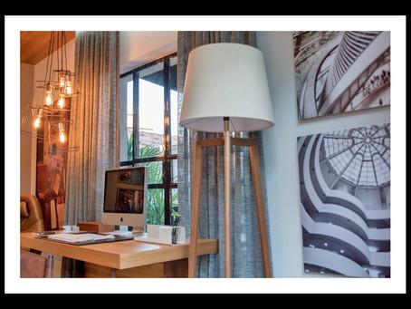 Design em casa, nosso escritório assina a Sala de Leitura homenageando César Romero