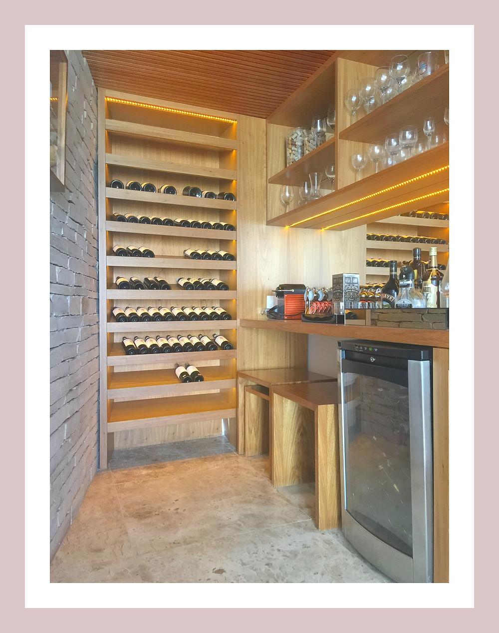 Projeto de Adegas arquitetura de interiores Aletheia Westermann Arquitetos Juiz de Fora