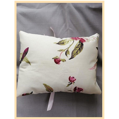 Handmade: Floral Cushion Cover  (Large)