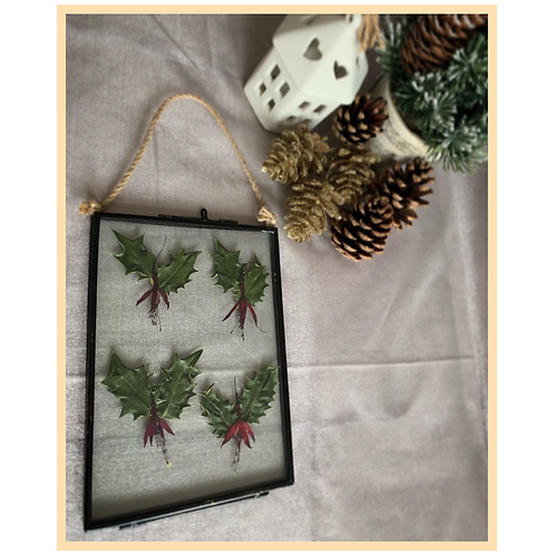 Handmade: Boughs of Holly Frame
