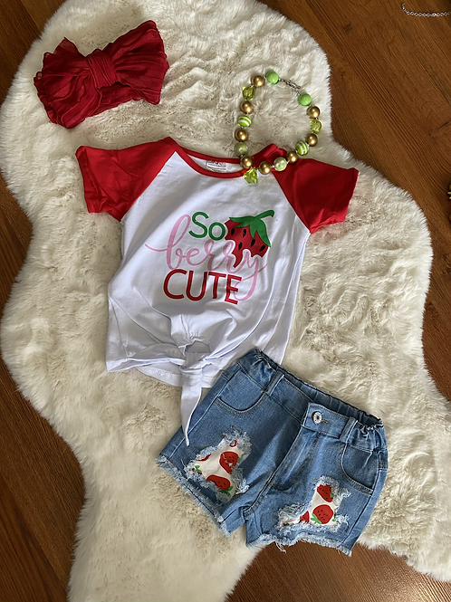 So Berry Cute Jean outfit