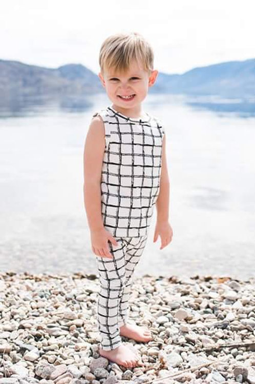 Black/White TankTop Outfit