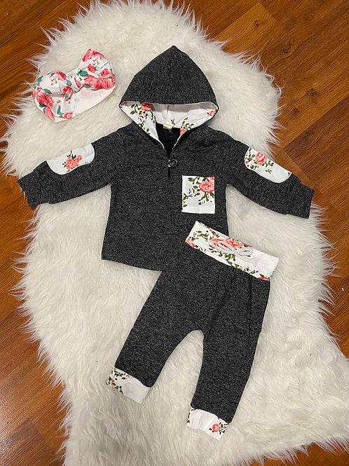 Dark Grey Flower Sweater Outfit