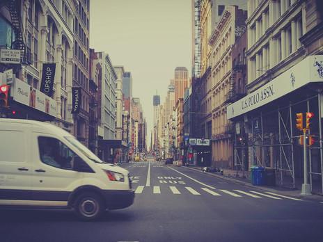 במדרכות ניו יורק // ניו יורק