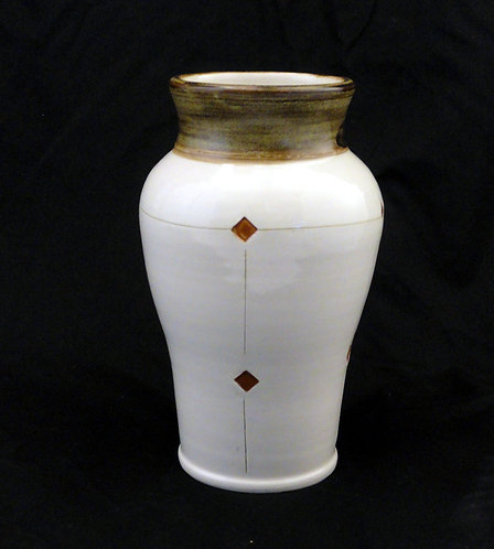 diamond square vase