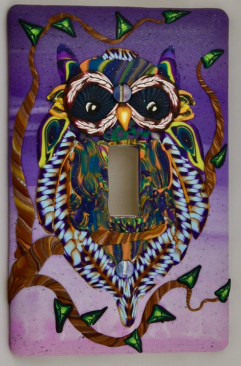 Violet Owl Single Switchplate