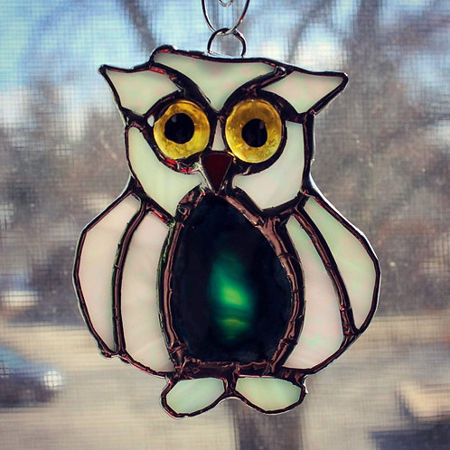 White Owl with Blue Agate