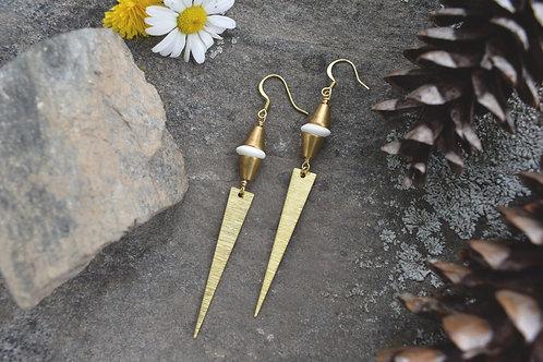 Affaire de Coeur Earrings - Bone and Brass