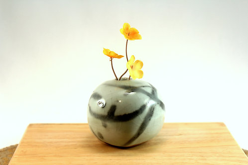 Roundish Shino Bud Vase