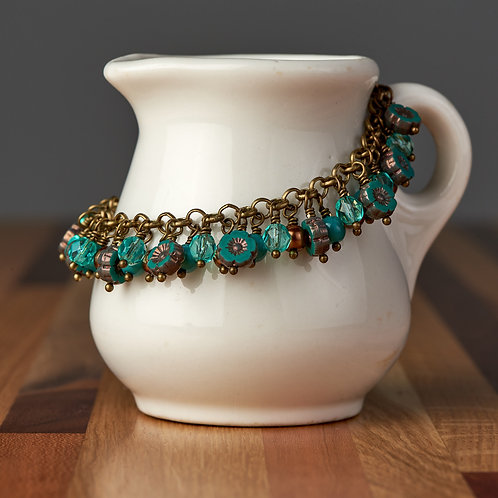 Turquoise Green Flower Beaded Bracelet