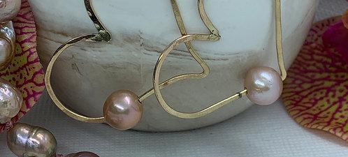 Edison Pearl Heart Hoop Earring
