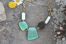 024 Vug Jewels Fiona Necklace 1 [Brass #1].JPG