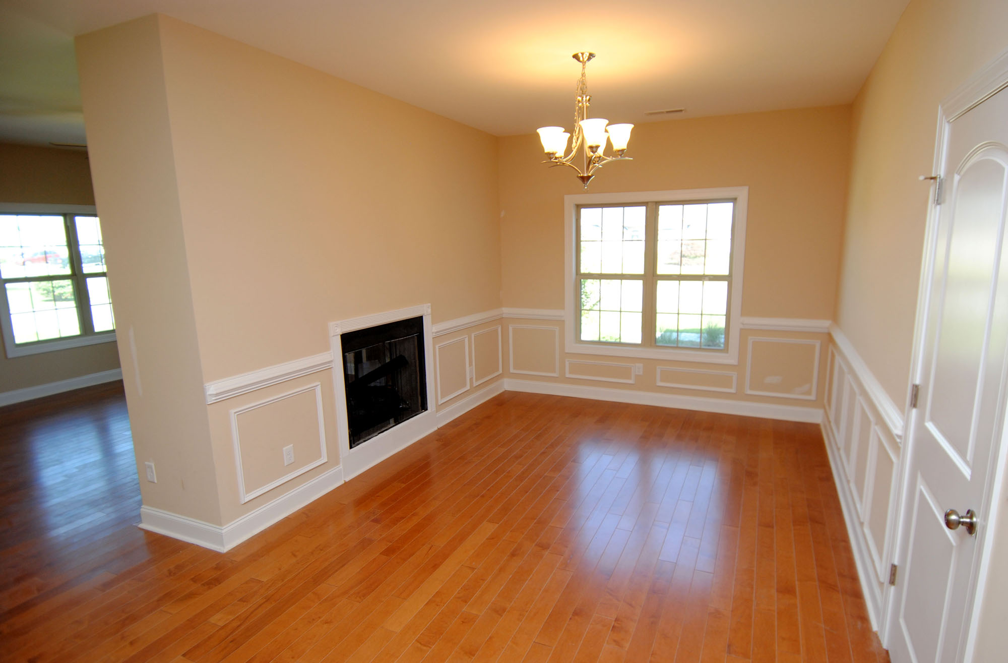 Double-sided Fireplace DiningRoom