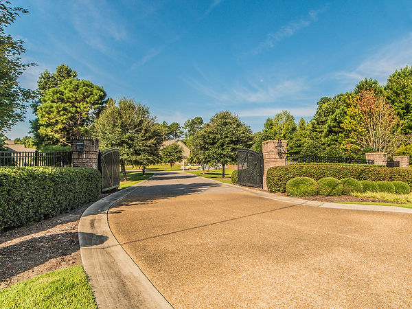 66 Vella Lane Wilmington, NC 28411 by Christina Block & Assoc
