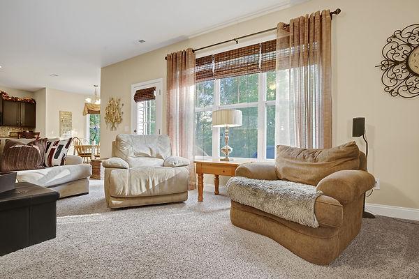 265 Majestic Oaks Drive, Hampstead by Christina Block & Associates