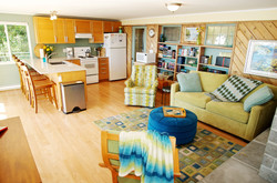 Studio Suite spacious, complete kitchen waterfront views (2)