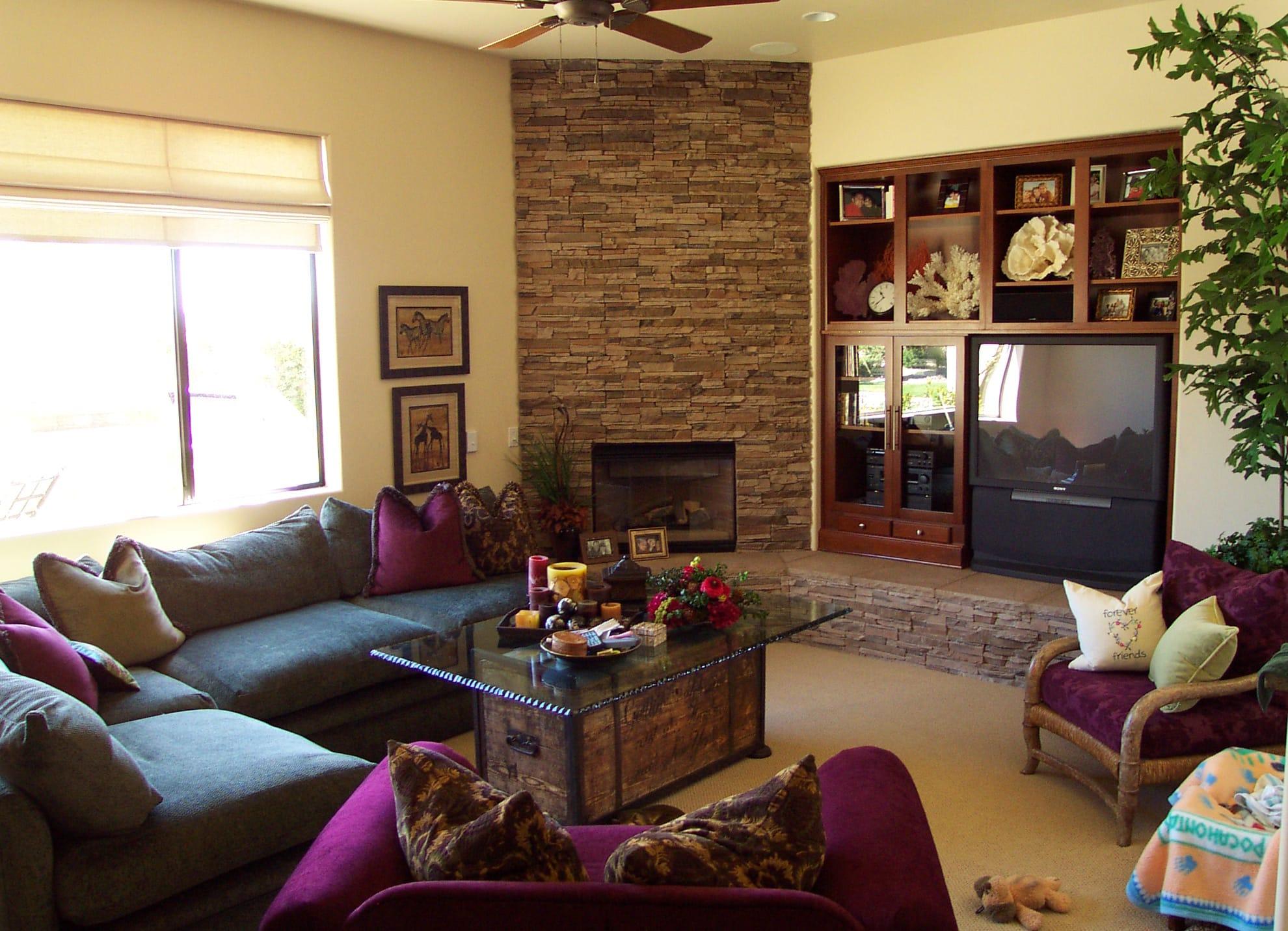 Living room 024