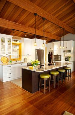 New kitchen w dishwasher & all new appliances