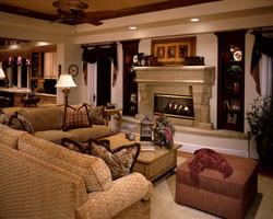 Dickerson family room 007