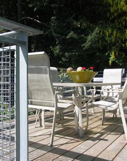 Seaside dining room deck