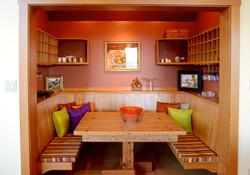 Dinette & wine nook (1)