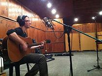 לימודי סאונד והפקה, הקלטת גיטרה אקוסטית