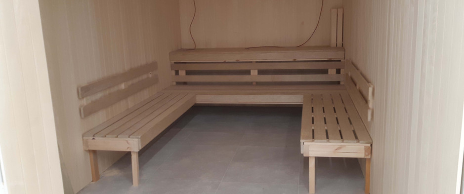 Eliwood - Sauna (12).jpg