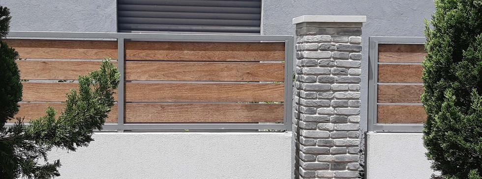 Eliwood - Fence (10).jpg