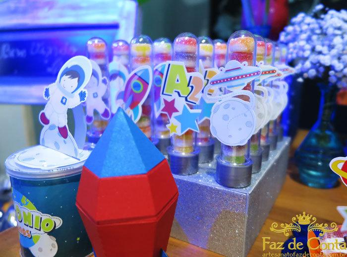 tubetes-decorados-foguetes-700.jpg
