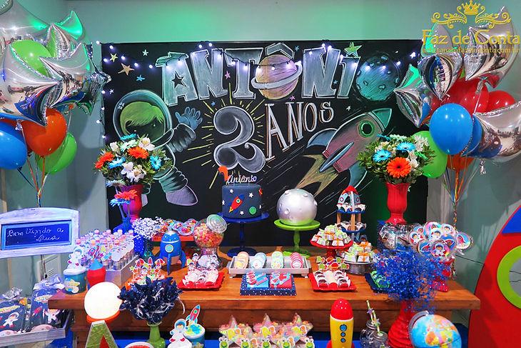 painel-festa-lousa-chalckboard-astronaut