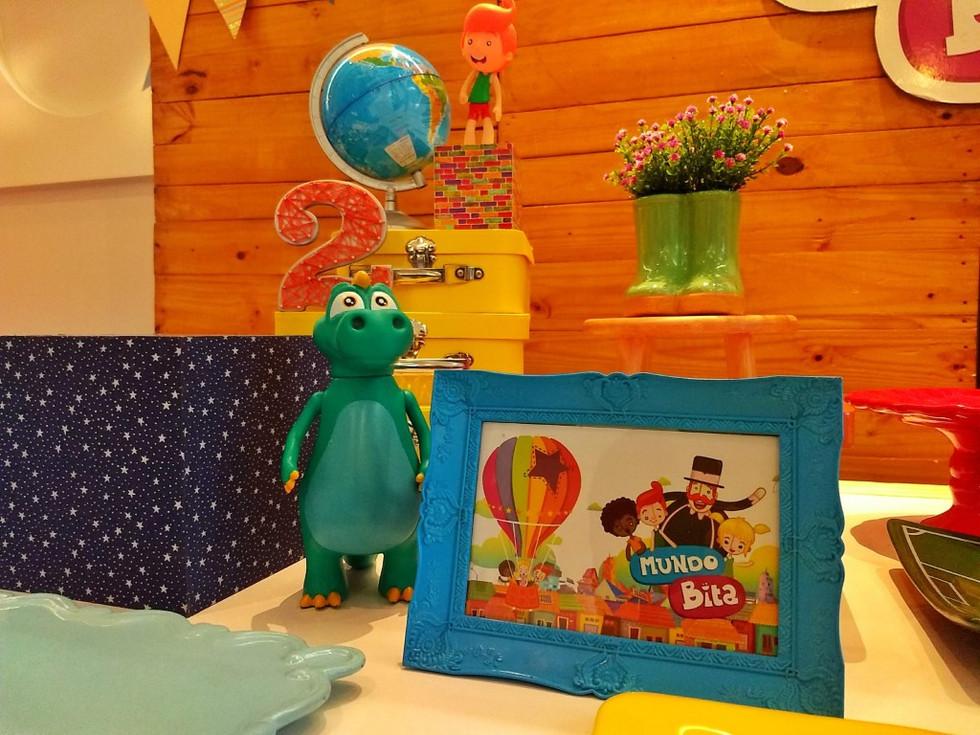 decoração festa mundo bita (4).jpg