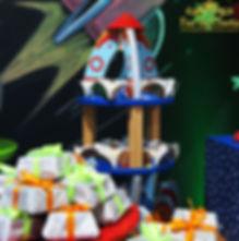 suporte-para-doces-em-forma-de-foguete-7