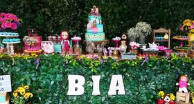 decoração-masha-e-o-urso BIA.jpg