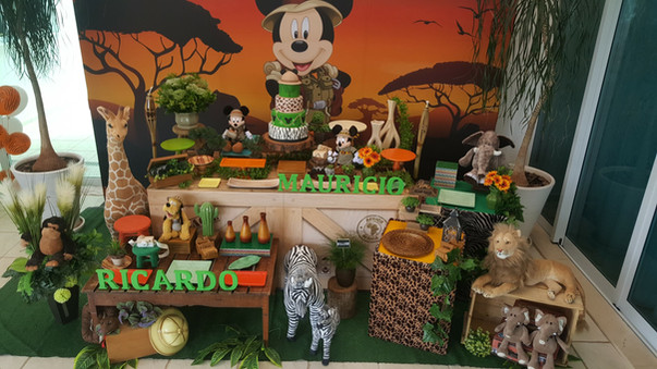 decoração_festa_mickey_safari_(12).jpg