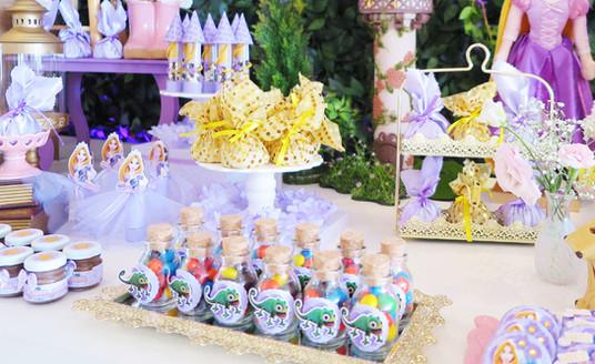doces-decoração-rapunzel.jpg