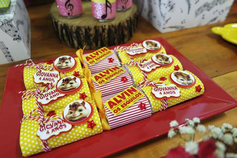 chocolate decorado alvin.jpg